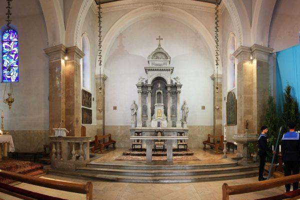 Untrašnjost crkve svetoga Stjepana Prvomučenika